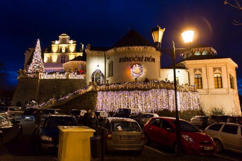 2014-12-13-Karlovy-Vary-Vánoční-dům